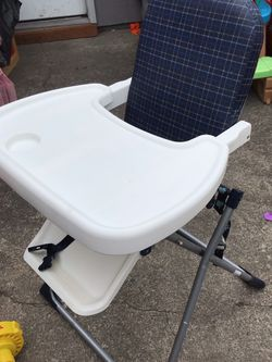 HIGH CHAIRS BABY FOLDING for Sale in Tacoma,  WA