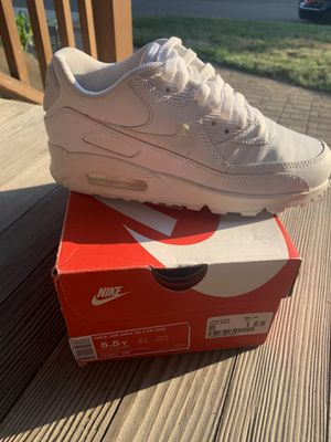 Nike Air Max 90 Triple White Size 5.5 for Sale in West Haven, CT