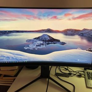 Asus 32inch Curve Gaming Monitor for Sale in Berkeley, MO