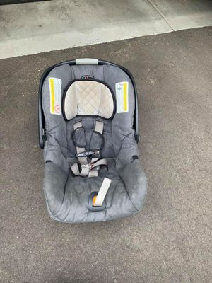 Chicco KeyFit Car Seat for Sale in Savage, MN