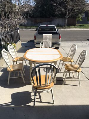 7 piece Farmhouse Dining Kitchen Set Table & 6 Windsor Chairs White and Natural for Sale in Modesto, CA