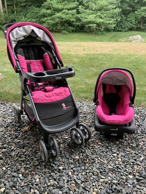 Disney On Board 22 stroller, car seat and base for Sale in Stoughton, MA