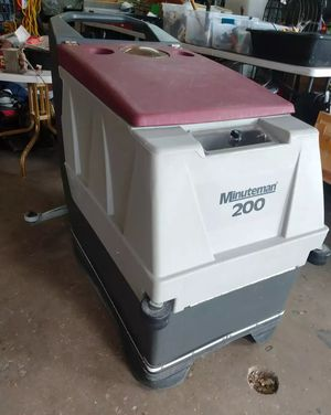 20 inch commercial floor scrubber Minuteman 200 for Sale in Miami, FL