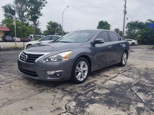 2014 Nissan Altima for Sale in North Miami Beach, FL