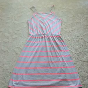 Gray and pink dress for Sale in Spokane, WA