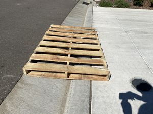 Free pallet larger than normal porch pickup for Sale in Roseville, CA