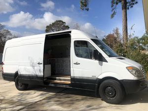 2010 Sprinter Van fully converted Stealth Camper with Solar for Sale in Jacksonville, FL