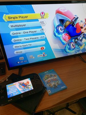 Nintendo Wii U good condition works perfectly 2 games for Sale in Miami, FL