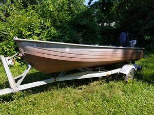 16 Ft Mirrocraft Aluminum boat with 28 HP SPL Evinrude motor for Sale in Glassboro, NJ