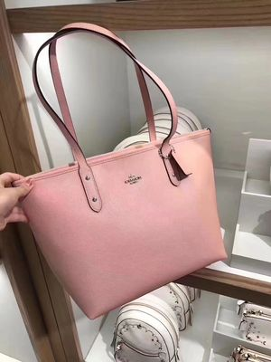 coach pink tote bag for Sale in Mesa, AZ