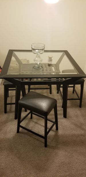 Glass Dining Table With 4 Leather Bar Stools for Sale in Alexandria, VA