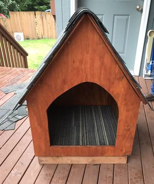 Dog house for Sale in Mill Creek, WA