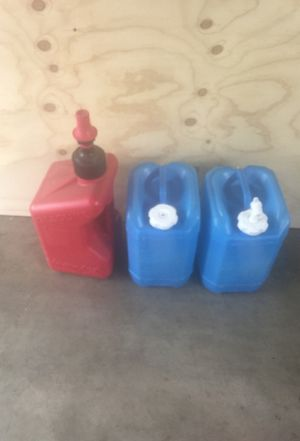 5 gallon jugs gas can water for camping MX Honda camp edc MRE prep for Sale in Tacoma, WA