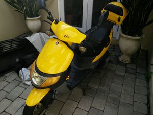 50CC TaoTao Moped for Sale in Homestead, FL