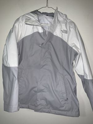 Girls the north face coat for Sale in Gastonia, NC