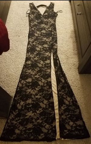Dress size Median Ajo and mission area no deliver firm price for Sale in Tucson, AZ