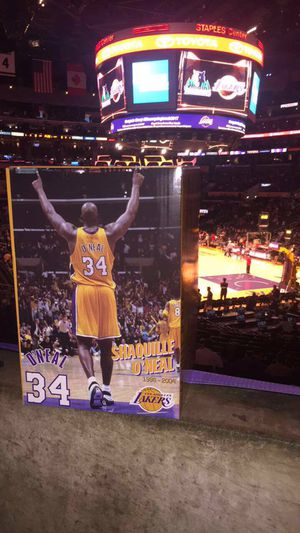 Shaquille O'Neal Statue limited edition for Sale in Los Angeles, CA