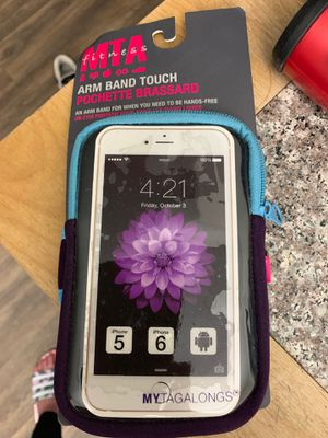 MTA fitness arm band for iPhone 5 and 6 for Sale in Marietta, GA