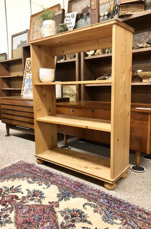 OPEN7DaysAWeek Bookcase stand storage shelves lamp cabinet rug table decor @BigWhaleConsignment GreenwoodSeattle for Sale in Seattle, WA