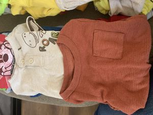 12 months clothes for Sale in Moreno Valley, CA