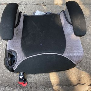 Graco Childs Kids Car Booster Seat for Sale in Monrovia, CA