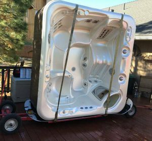 Cash For Spas - Hot Tubs !!! Professional Pickup We Want Your Spa !! for Sale in El Dorado Hills, CA