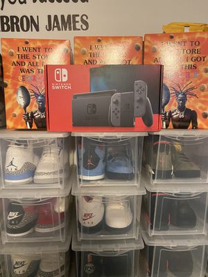 Brand new Nintendo Switch Gray for Sale in Westchester, IL