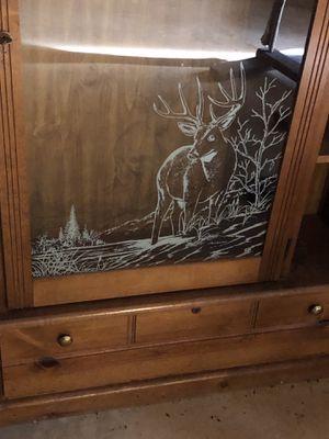 8 Gun pine gun cabinet for Sale in Appomattox, VA