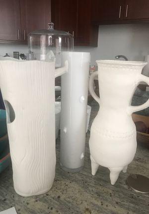 Flower vase for Sale in Herndon, VA