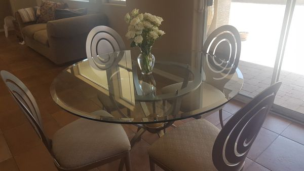 Eathan Allen Breakfast Tables and Chairs