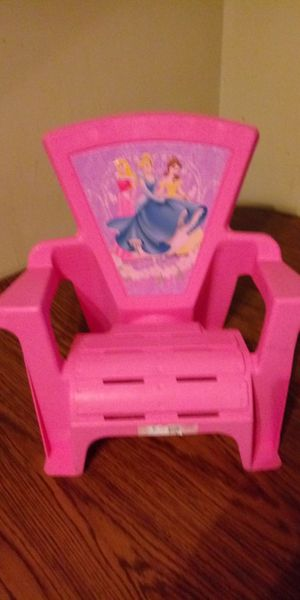 Toddler chair for Sale in Cleveland, OH