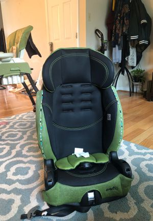 childrens booster seat for Sale in Beltsville, MD