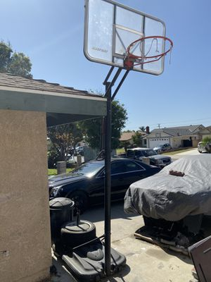 Spaulding adjustable Basketball hoop for Sale in Ontario, CA