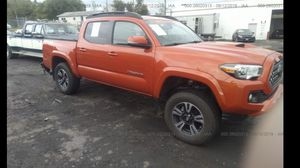 2018 Tacoma parts only no title for Sale in Des Moines, WA