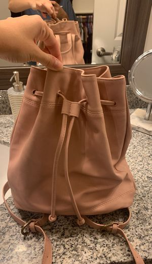 Target universal thread purse / backpack for Sale in Chandler, AZ
