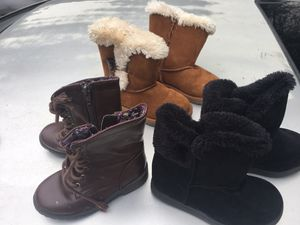 Girls boots size 8 & 9 for Sale in Wildomar, CA