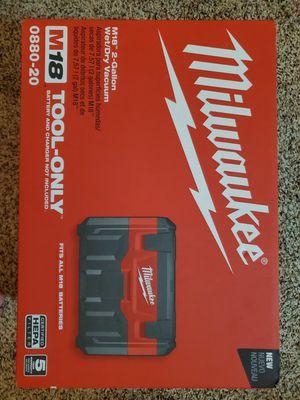 Milwaukee M18 Wet/Dry 2 Gallon Vacuum for Sale in Dallas, TX