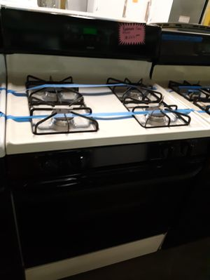 Gas stove working perfectly for Sale in Baltimore, MD