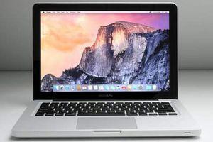 MacBook Air Core i5 1.3 GHz 11.6' 128GB for Sale in Decatur, IL