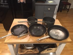 Calphalon 5-piece cookware for Sale in Indianapolis, IN