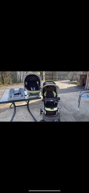 Baby car seat set in great condition for Sale in Nashville, TN