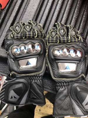 Dainese Full Metal D1 Gloves small for Sale in Alexandria, VA