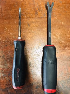One Phillips screwdriver Snapon and Mac tools for Sale in Oakland, CA