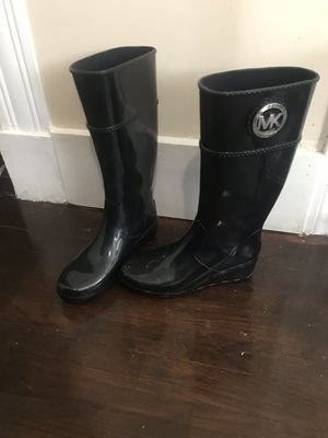 Michael Kors rain boots size 8 for Sale in Chelsea, MA