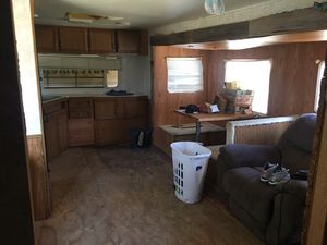 Dutchmen camper nice needs some work no leaks for Sale in Magnolia, TX