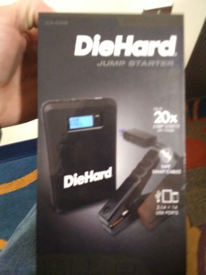DIEHARD 43448 COMPACT 400 PEAK AMP LITHIUM ION JUMP STARTER & PORTABLE 8000MAH POWER BANK for Sale in Grand Rapids, MI