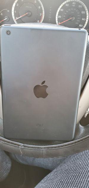 iPad mini iCloud unlocked 64gb for Sale in Washington, DC
