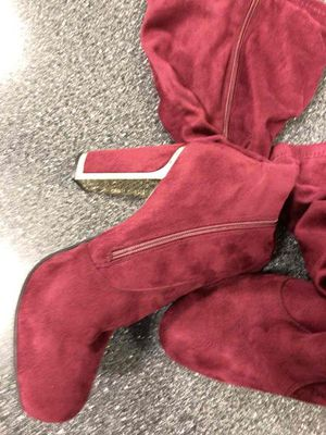 Burgundy boots for Sale in Miami, FL