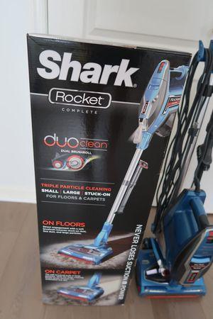 Shark Vacuum Cleaner for Sale in Arlington, VA