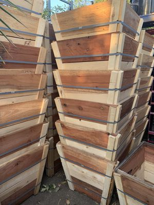 "New 24"" wooden planter box $20 each , wood box for plant for Sale in Highland, CA"